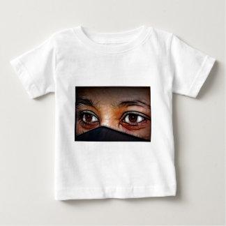 Tout voyant t-shirt pour bébé