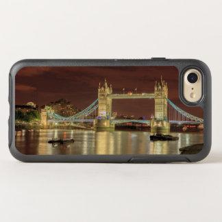 Tower Bridge at night, London OtterBox Symmetry iPhone 7 Case