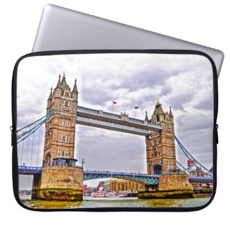 Tower Bridge London, England Art design Laptop Sleeve