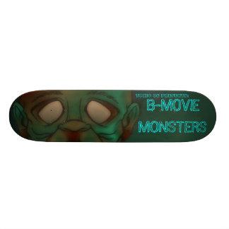 TOXIC 86- B-movie monsters: Zombie Skate Decks