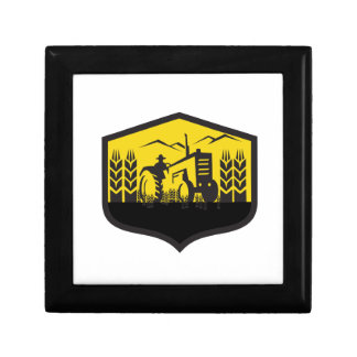 Tractor Harvesting Wheat Farm Crest Retro Gift Box