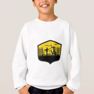 Tractor Harvesting Wheat Farm Crest Retro Sweatshirt