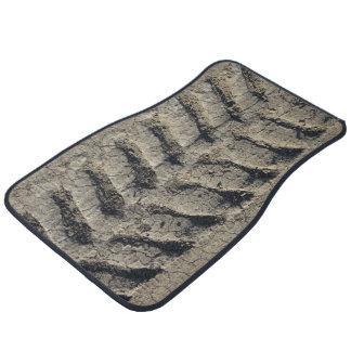Tractor tread tracks muddy car / truck floor mats