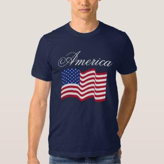 Traditional Waving American Flag T-Shirt