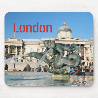 Trafalgar Square in London, UK Mouse Pad