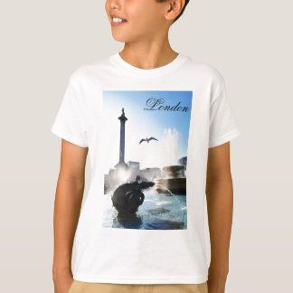 Trafalgar Square in London, UK T-Shirt