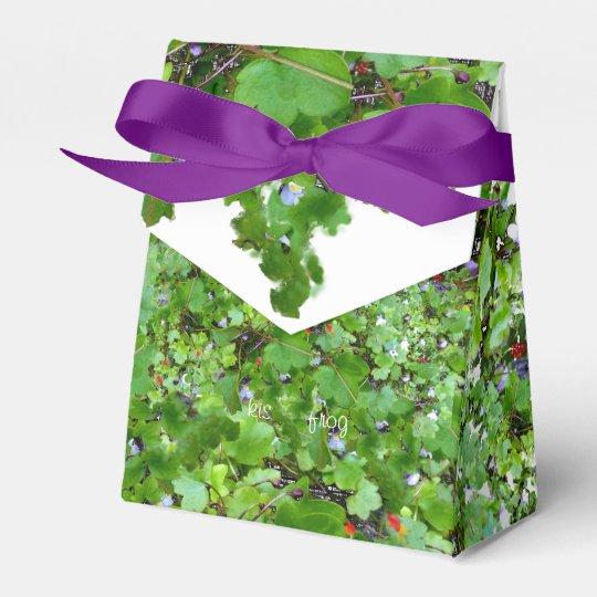 Trailing Ivy Favor Box
