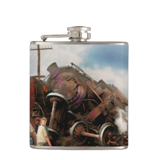 Train - Accident - Butting heads 1922 Hip Flask