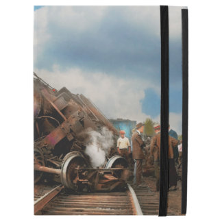"Train - Accident - Butting heads 1922 iPad Pro 12.9"" Case"