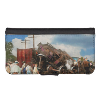 Train - Accident - Butting heads 1922 iPhone SE/5/5s Wallet Case