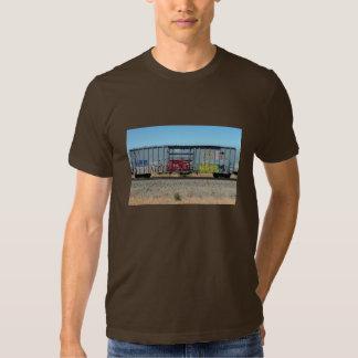 Train bleu de graffiti t shirt