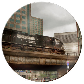 Train - Pittsburg Pa - The industrial city Plate