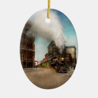 Train - Respect the train 1905 Ceramic Oval Ornament
