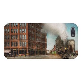 Train - Respect the train 1905 iPhone 5/5S Case
