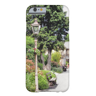TRAIN STATION BARELY THERE iPhone 6 CASE