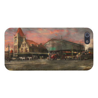 Train Station - NY Central Railroad depot 1905 iPhone 5/5S Cover