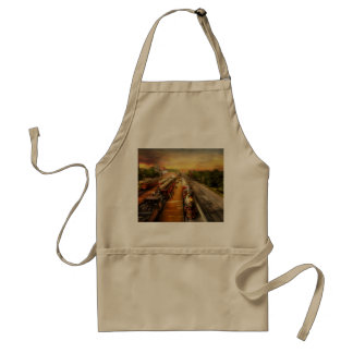 Train Station - The romance of the rails 1908 Standard Apron