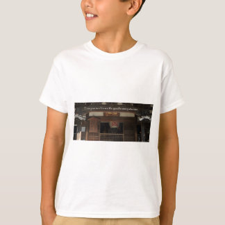 Train your mind to see the good in every situation T-Shirt