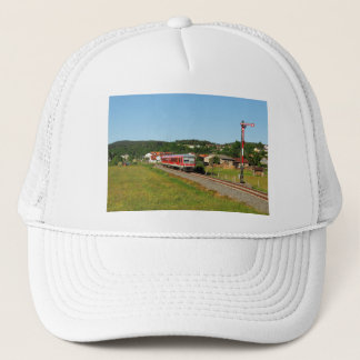 Tramcar with Muenchhausen Trucker Hat
