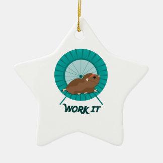 Travaillez-le Ornement De Noël