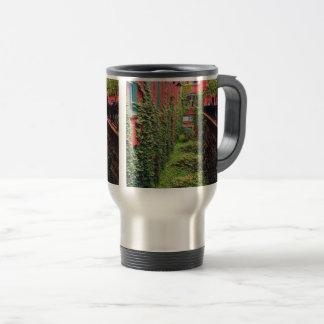 Travel Mug - Brick & Ivy Scene - Full Color