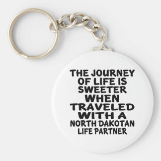 Traveled With A North Dakotan Life Partner Keychain