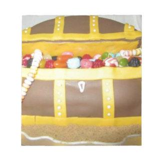 Treasure chest cake notepad
