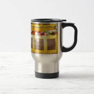 Treasure chest cake travel mug