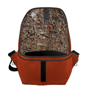 Treasures of the forest commuter bag