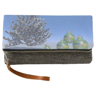tree and snow and christmas clutch