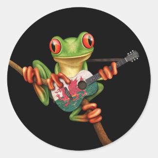 Tree Frog Playing Welsh Flag Guitar Black Round Sticker