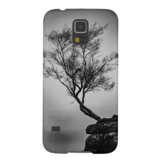 Tree on a Cliff Galaxy S5 Cases