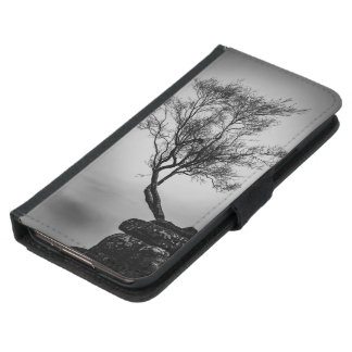 Tree on a Cliff Samsung Galaxy S5 Wallet Case