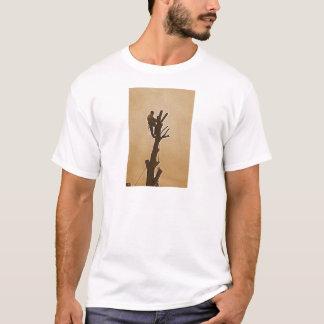 Tree Surgeon Arborist at work present T-Shirt