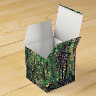 Trees and Undergrowth Favor Box