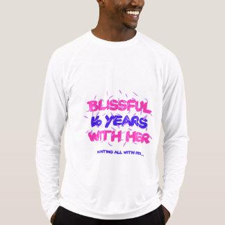 Trending 16th marriage anniversary designs T-Shirt