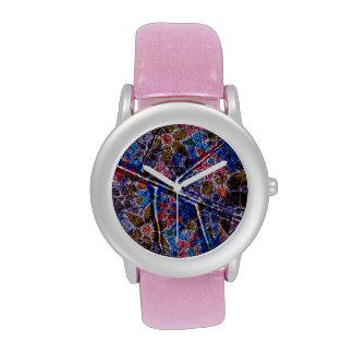 Trendy Floral Pattern Vintage Wristwatch