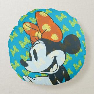 Trendy Minnie | Shy Pose Round Pillow