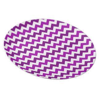 Trendy Orchid Purple Chevron Zigzag Party Plates