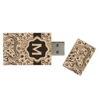Trendy Personalized Hearts and Love Doodle Pattern Wood USB Flash Drive