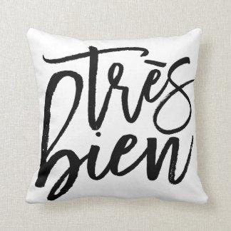 Très Bien Throw Pillow