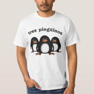 Tres Pingüinos T-Shirt
