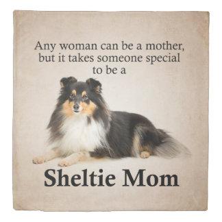 Tri-Color Sheltie Mom Duvet Cover