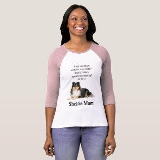 Tri-Color Sheltie Mom T-Shirt
