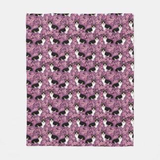 Tri Coloured Corgi Cherry Blossoms - purple Fleece Blanket