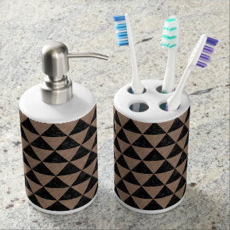 TRIANGLE3 BLACK MARBLE & BROWN COLORED PENCIL BATH SETS