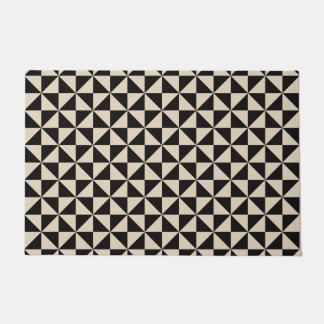 Triangle Shape pattern Doormat