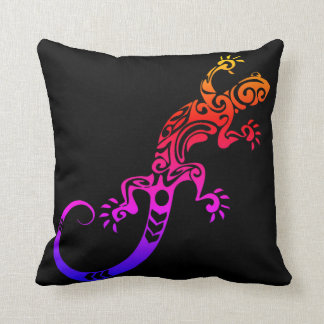 TRIBAL TATTOO GECKO LIZARD TIE DYE THROW PILLOW