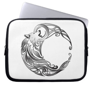 Tribal Wolf - Shaded Laptop Sleeve