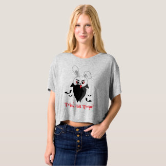 Trick treat Dracula creepy bunny blood bat cloak T-shirt